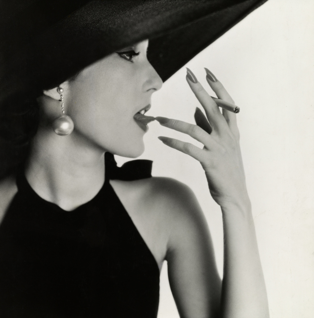 Irving Penn, Girl with Tobacco on Tongue (Mary Jane Russell), New York, 1951 - Exposition Irving Penn au Grand Palais