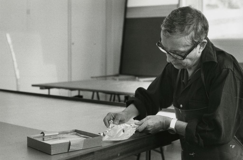 Anna-Eva Bergman, Atelier Antibes 04-1975_Archives Fondation Hartung Bergman - Photo Francois Walch -1