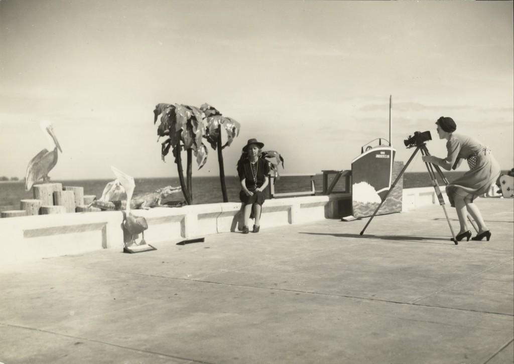 walker evans Resort Photographer at Work 1941 Épreuve gélatino-argentique, tirage tardif 15,9 x 22,4 cm