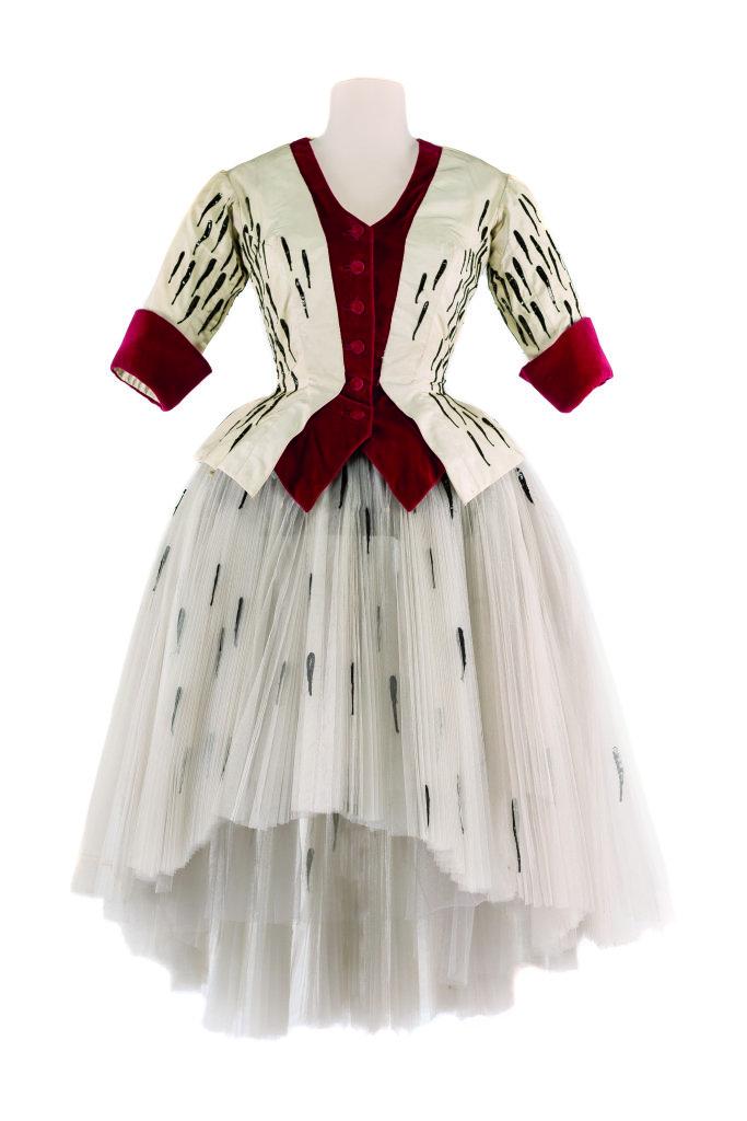 Modes! A la ville comme a la scene au CNCS de Moulins - Costume d'André Delfau pour le ballet Le Clochardde A. Wolf, Opéra-Comique, 1959