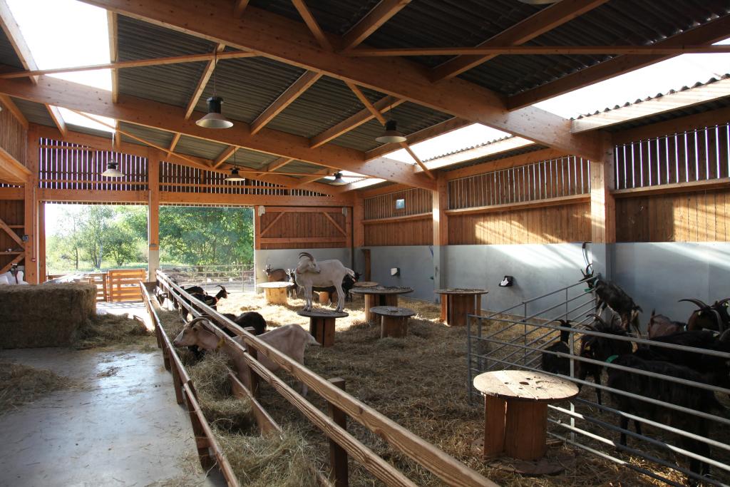 ATELIER AMÉLIE FONTAINE, Ferme pedagogique de Rieulay élevage caprins et fromagerie (59) © Pauline Vachon - AJAP à la Cité de l'Architecture et du Patrimoine