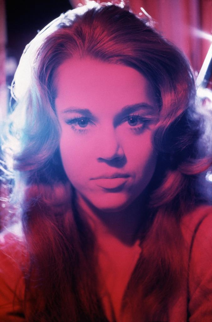 Jane Fonda New York,1963 - HenriDauman - The Manhattan Darkroom - Musee Nicephore-Niepce de Chalon-surSoane