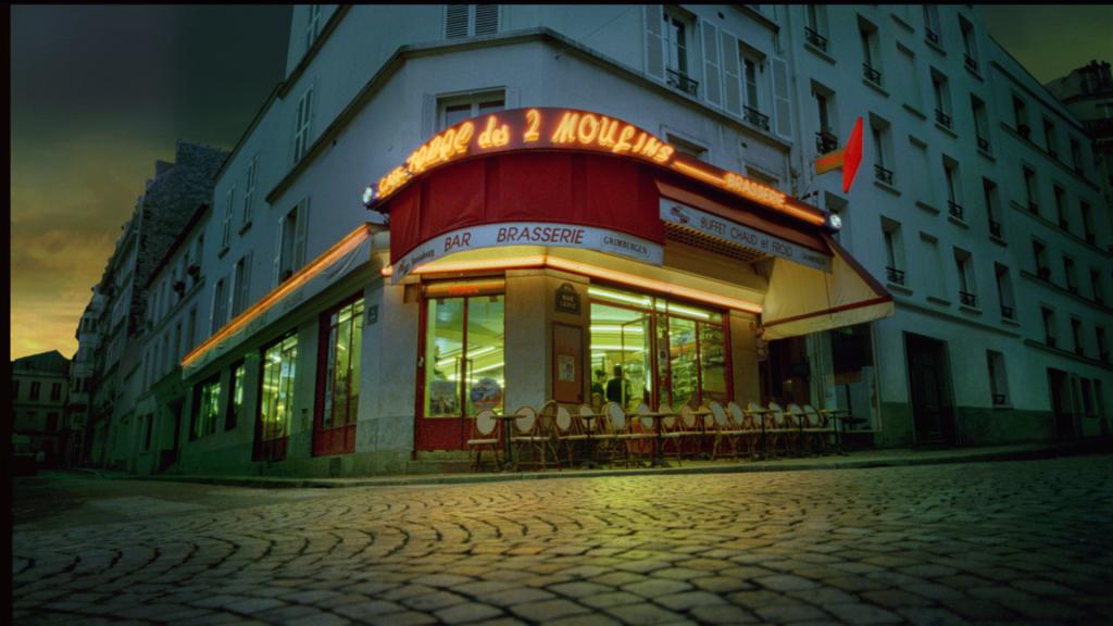 Le Fabuleux Destin d'Amélie Poulain, Jean-Pierre Jeunet, 2001, Café Les 2 Moulins, Montmartre, décor de cinéma