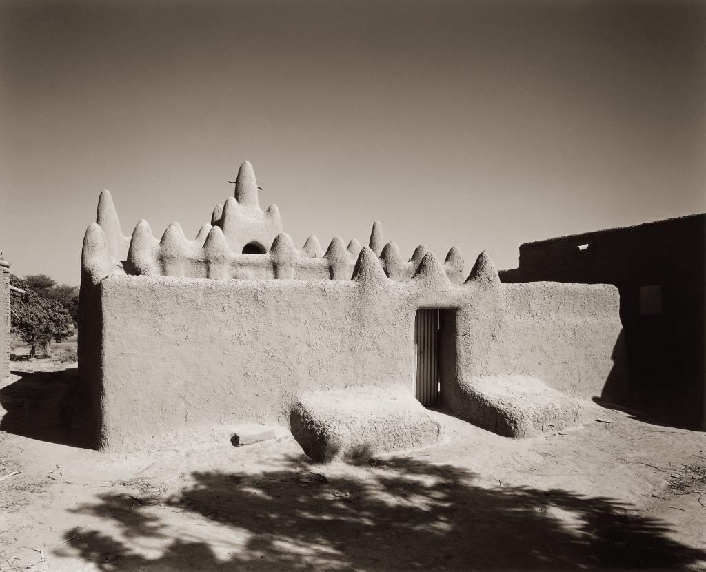 Trésors de l'islam institut du 14 avril au 30 juillet 2017 Sebastian Schutyser - Montorobougou - Adobe Mosques in Mali series © Sebastian Schutyser