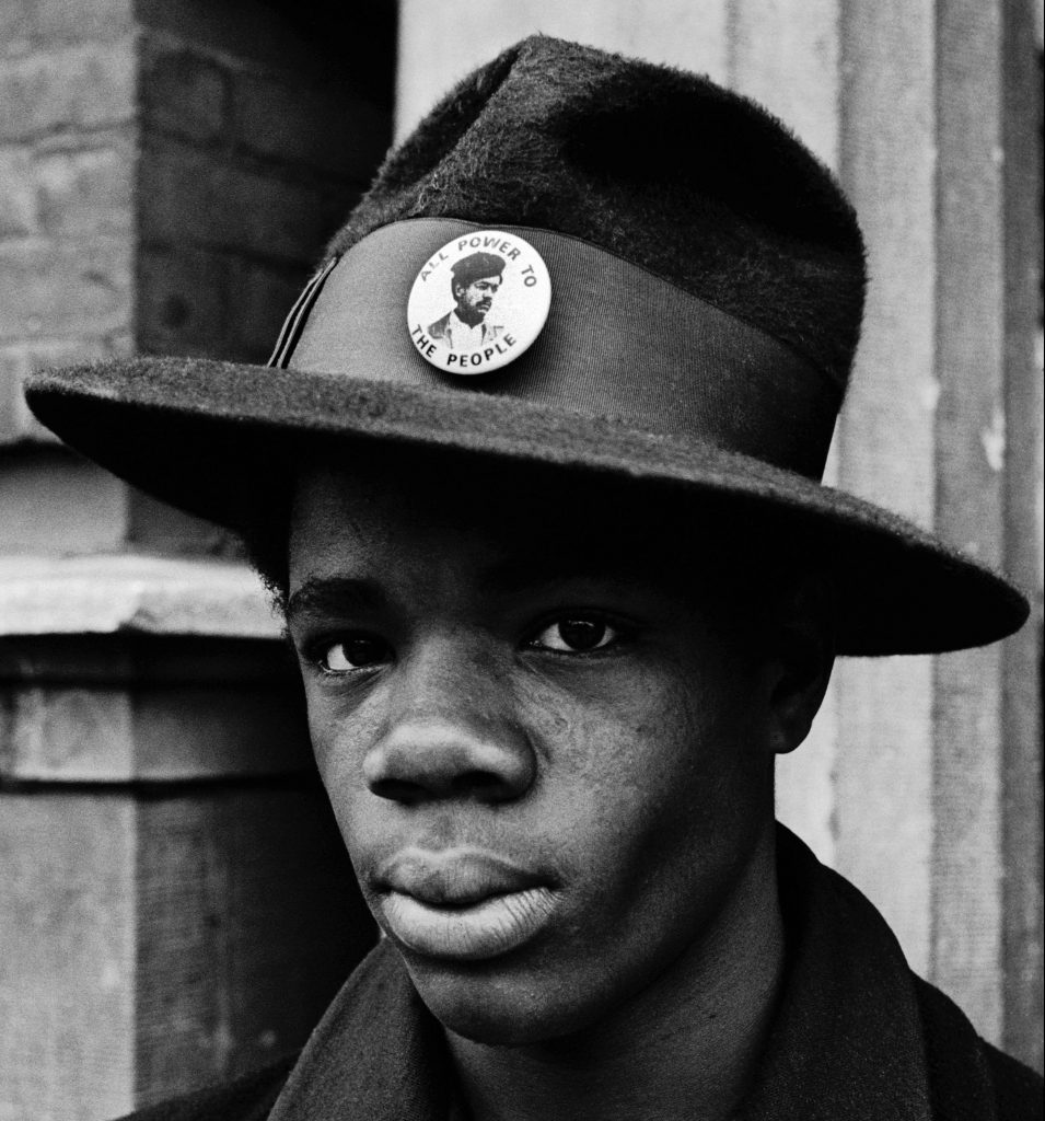 Teenager on Chicago's south - 1970 - Stephen Shames - Musee Nicephore-Niepce