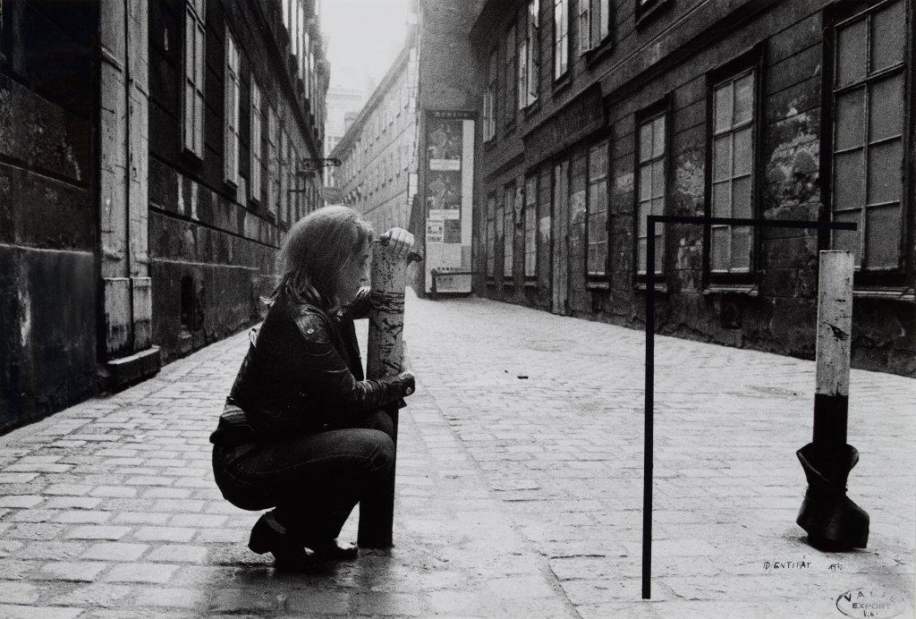 Valie Export, Körperkonfiguration, Id/entität 1972, A pied d'oeuvre(s), Monnaie de Paris