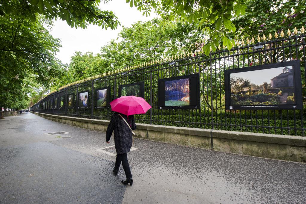 Vue de l'exposition Jardins extraordinaires sur les Grilles du Jardin du Luxembourg 5