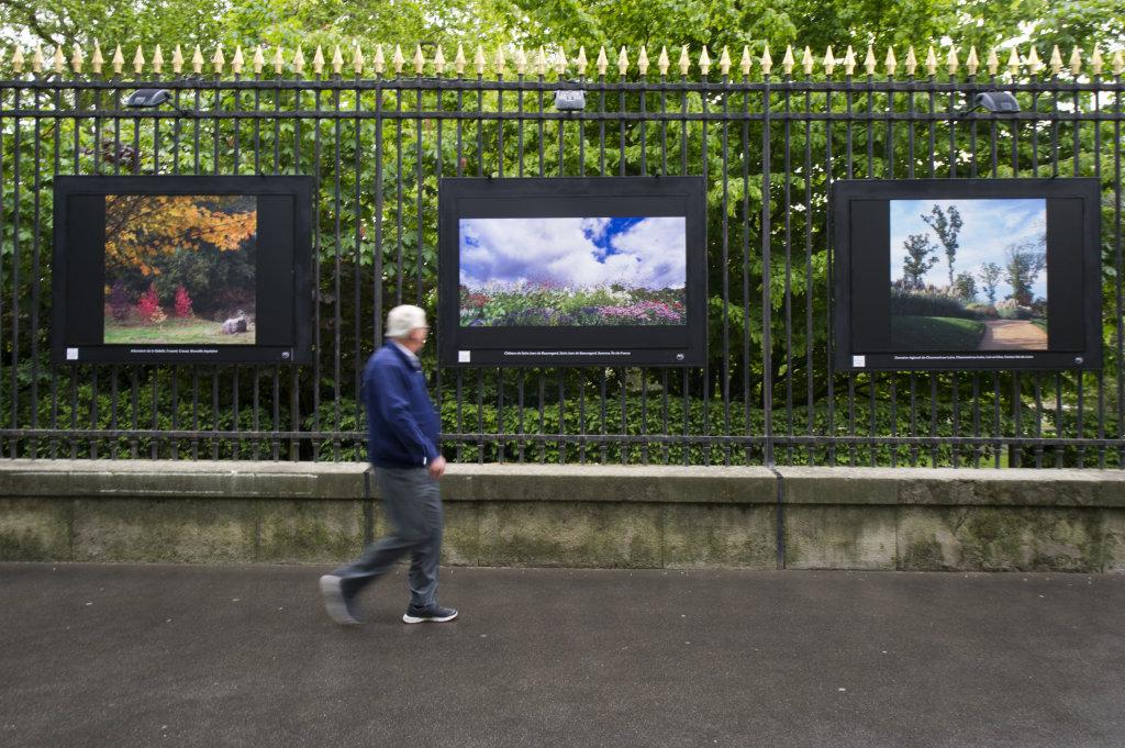 Vue de l'exposition Jardins extraordinaires sur les Grilles du Jardin du Luxembourg 6