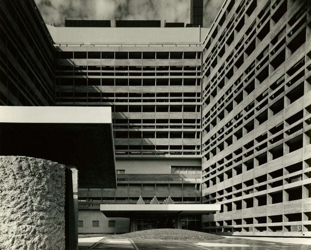 Shionogi - Une architecture pour l'homme, Junzo Sakakura a la Maison de la Culture du Japon a Paris