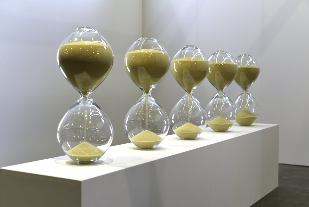 "The Hourglasses (2015), 43'40 – 38'15 – 30'31 – 27'15 – 25'15"", mold-blown glass, couscous, Medhi-Georges Lahlou, Galerie Rabouan Moussion"