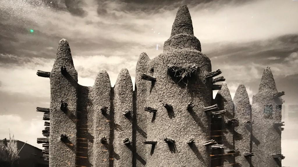 Sebastian SchutyserTambeni, Delta intérieur du fleuve Niger, Mali, 2002 - Trésors de l'Islam en Afrique. De Tombouctou à Zanzibar exposition Institut du Monde Arabe Paris 1647