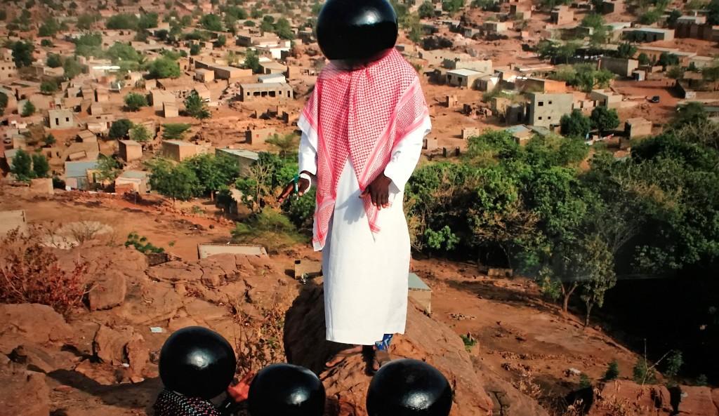 Aboubacar Traoré Inch'Allah, 2015 - Trésors de l'Islam en Afrique. De Tombouctou à Zanzibar exposition Institut du Monde Arabe Paris_1637