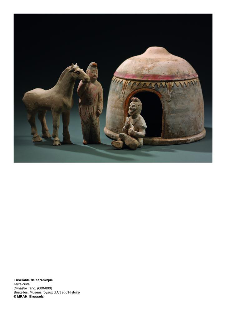 Les Mandchous. Ensemble de céramique. Terre cuite. Dynastie Tang,