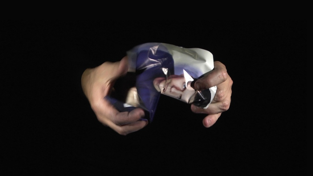 Ismail Bahri, Revers, 2016, serie de videos HD, son stereo, durees variables - Instruments au Jeu de Paume 2