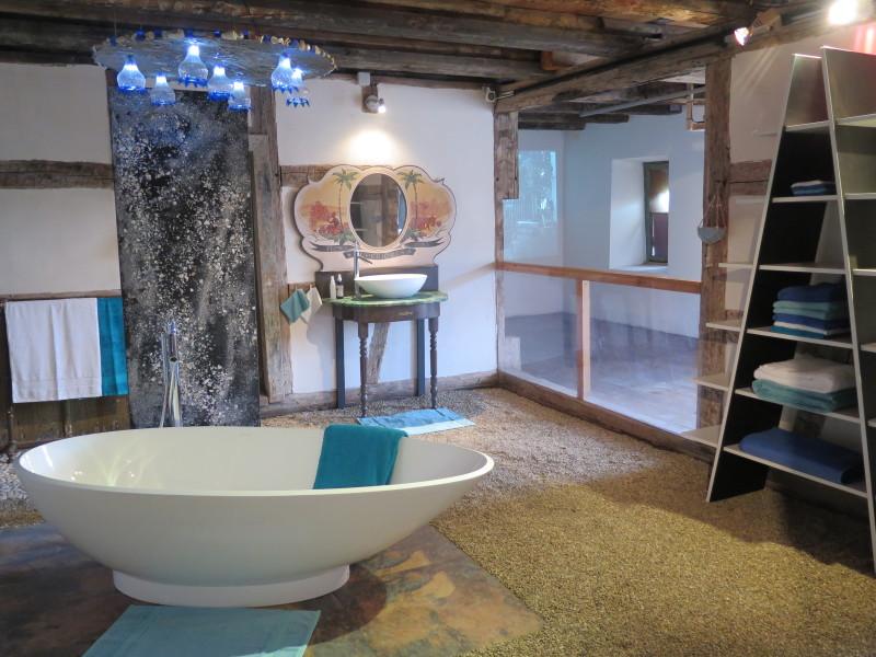 exposition propre comme un sou neuf l 39 comus e d 39 alsace arts in the city. Black Bedroom Furniture Sets. Home Design Ideas