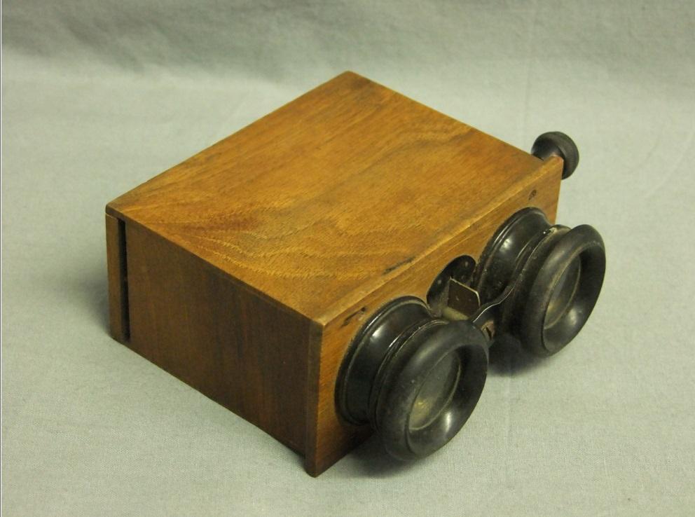Visionneuse plaques stereoscopiques - Photographes de Guerre, Depuis 160 ans que cherchent-ils au Memorial de Verdun
