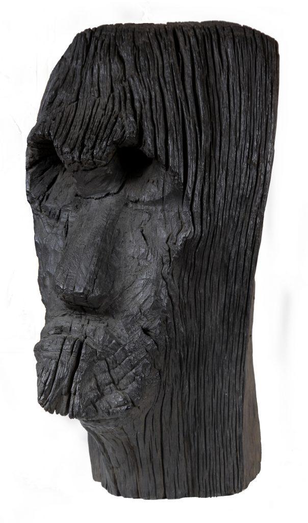 STANISAVLJEVIC Milan, Prophète, 1996, hauteur 56cm, sculpté sur bois, MNMA, Turbulences dans les Balkans, Halle Saint Pierre