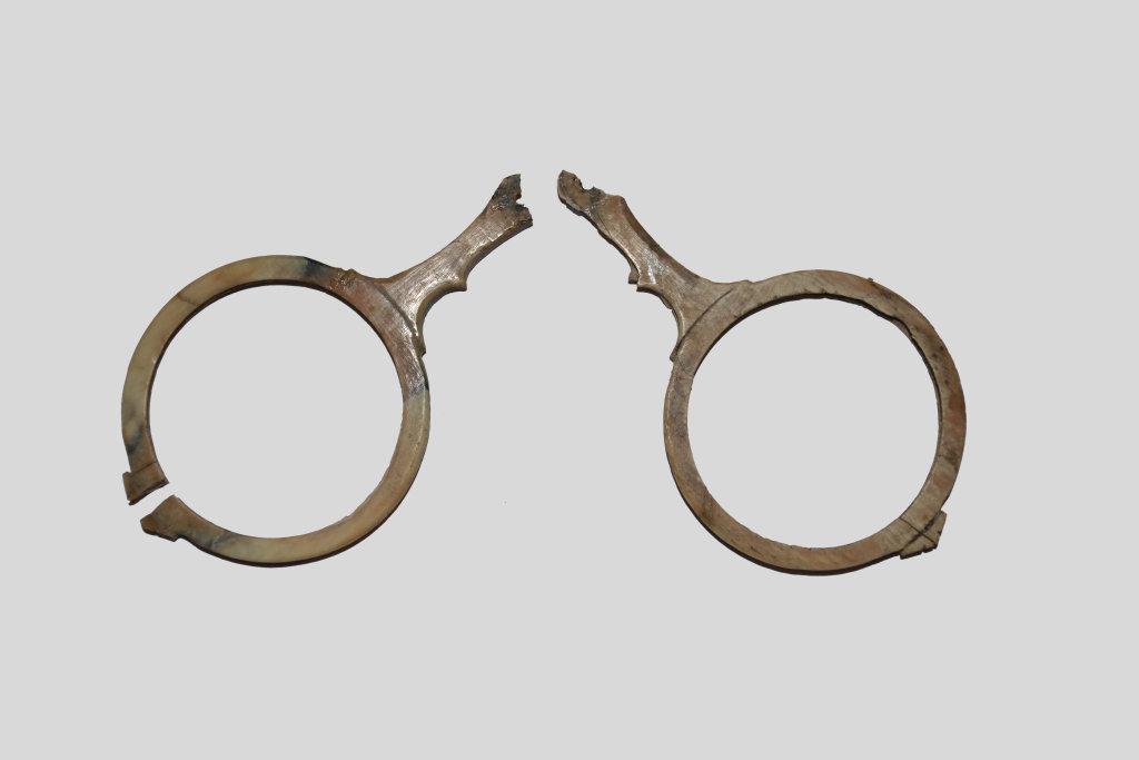 Lunettes dites de Middleburg, 15e siecle - Exposition Le verre, un Moyen Âge Inventif au Musée de Cluny