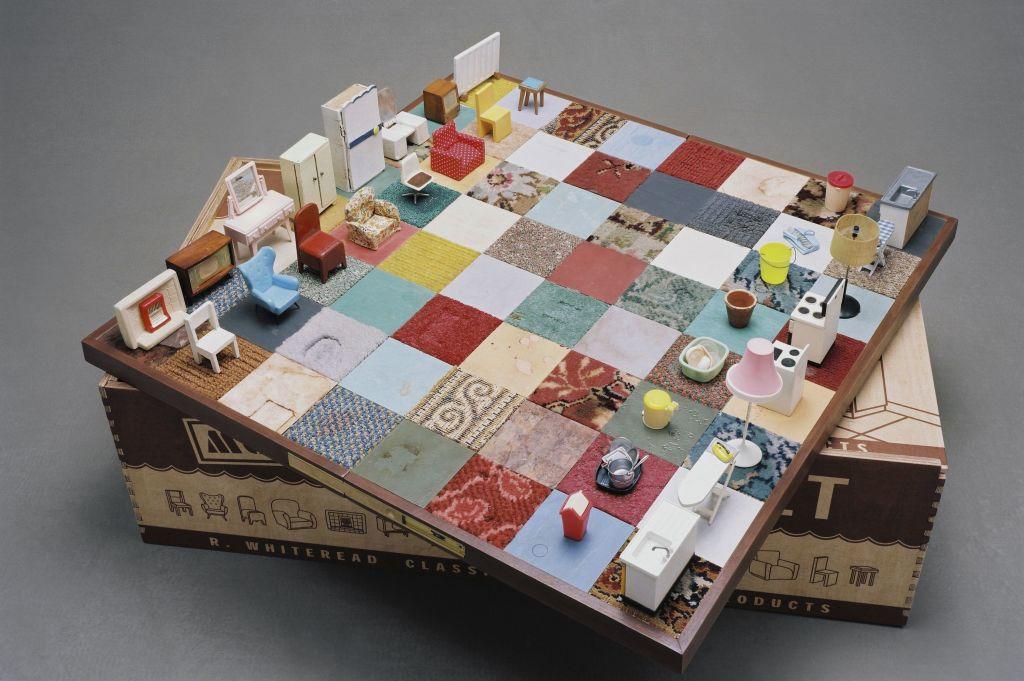 Rachel Whiteread, Modern Chess set, 2005
