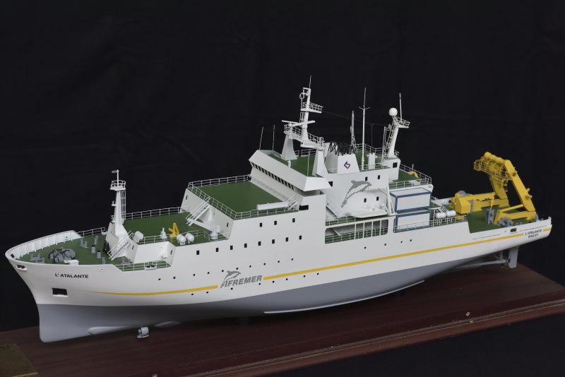 Maquette du navire océanographique L'Atalante, prêtée par l'Ifremer, Aventures Océaniques, Aquarium tropical du palais de la Porte Dorée
