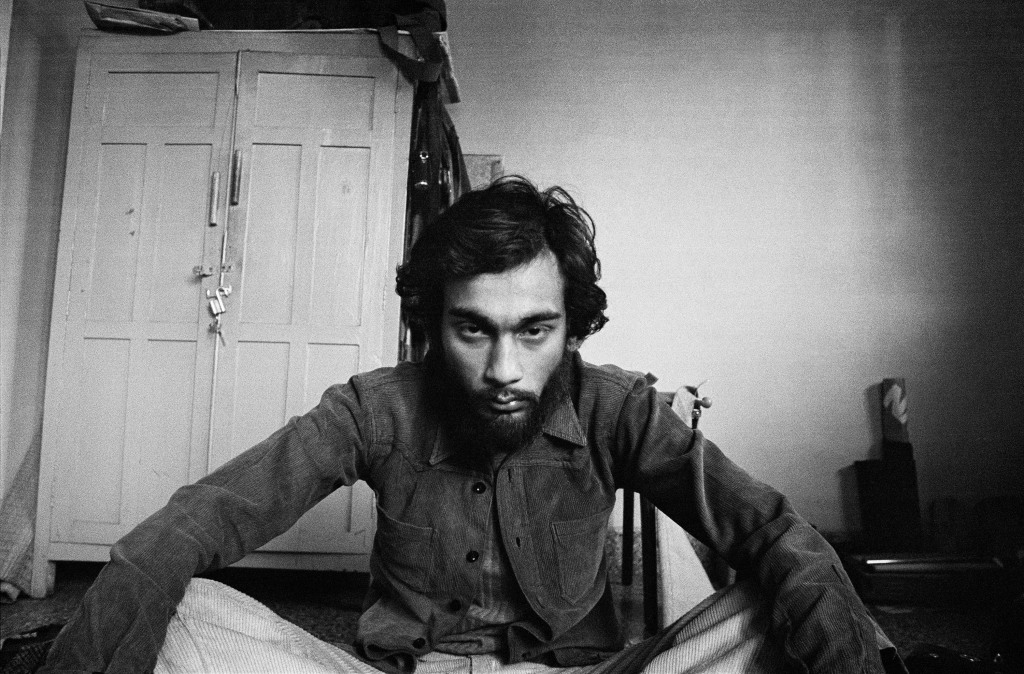 Pablo Bartholomew, Self-portrait after a trippy night in my room, New Delhi 1976