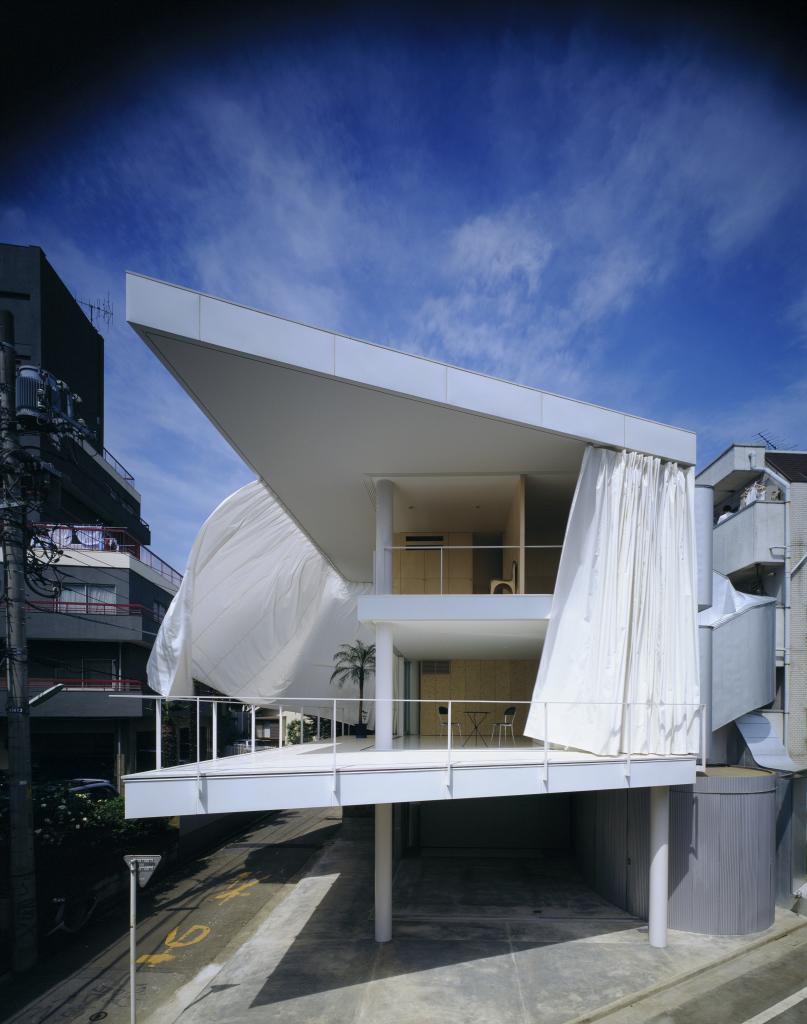 Shigeru Ban, Curtain wall house, Tokyo, Japon