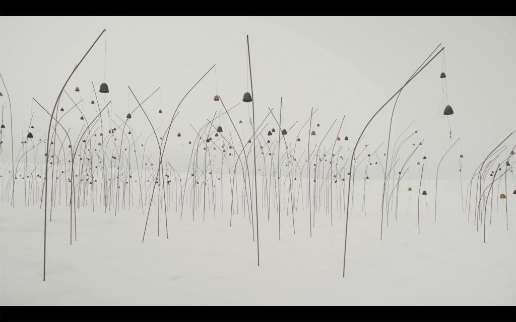 Christian Boltanski, Animitas blanc, île d'Orléans, Canada, film couleur, 2017
