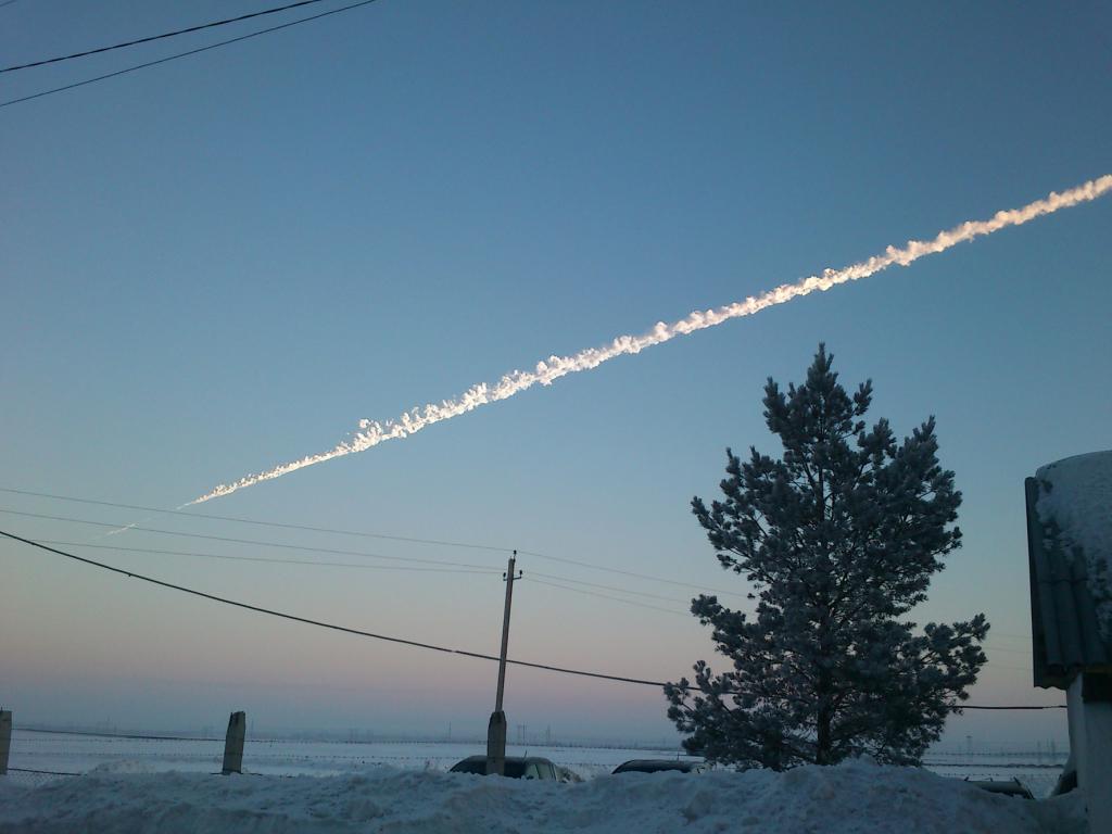 Chute de la météorite de Tcheliabinsk, en 2013 - Exposition Météorites, entre ciel et terre au Muséum national d'Histoire Naturelle