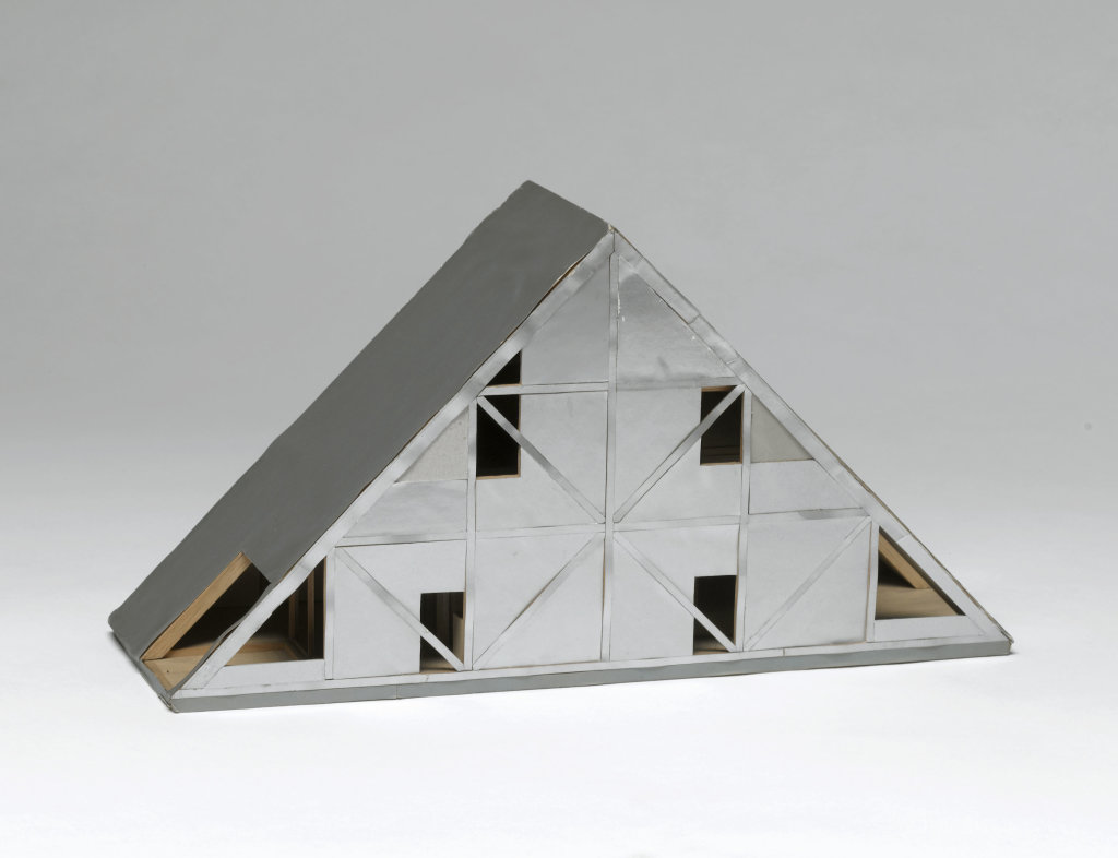 Itsuko Hasegawa, Maison version 1, Yaizu, Préfecture de Shizuoka, Japon : maquette d'étude 1, 1971 - 1972