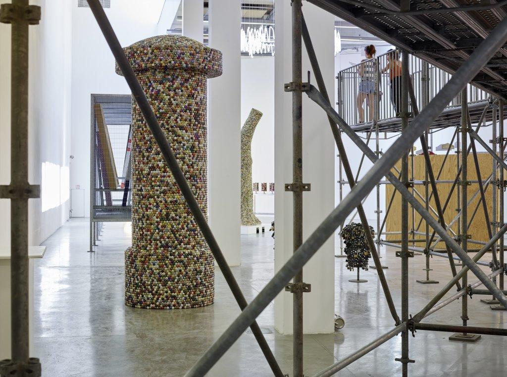 Vue de l'exposition Pascal Pinaud Parasite Paradise au FRAC PACA (3)
