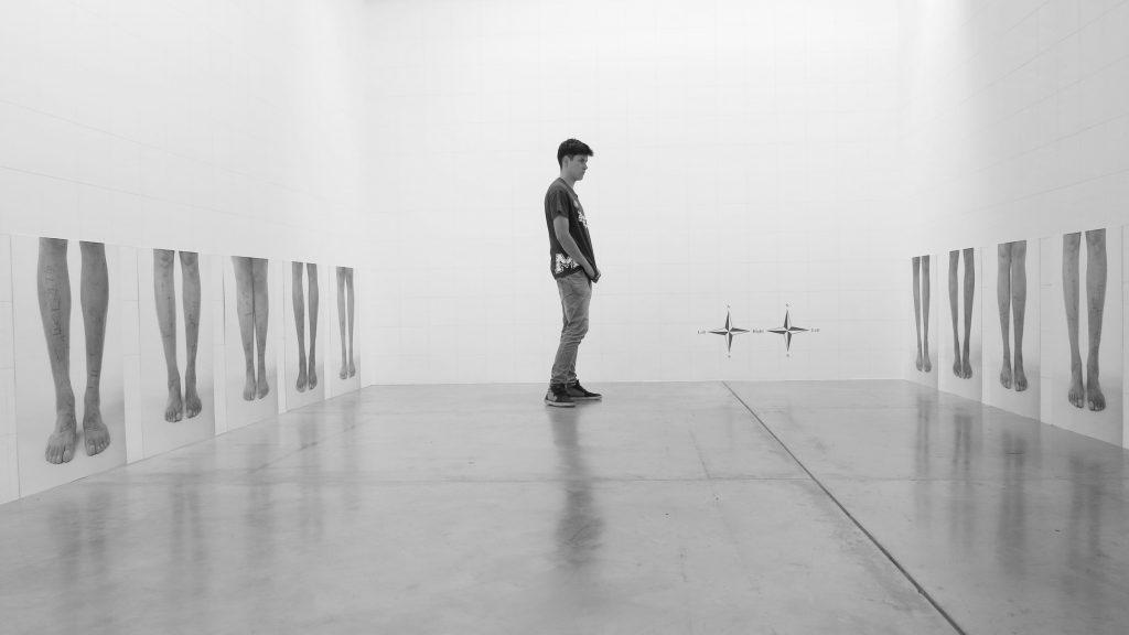 Libia Posada, Points cardinaux, 2010 - Exposition Medellin, une histoire colombienne au Musée des Abattoirs de Toulouse