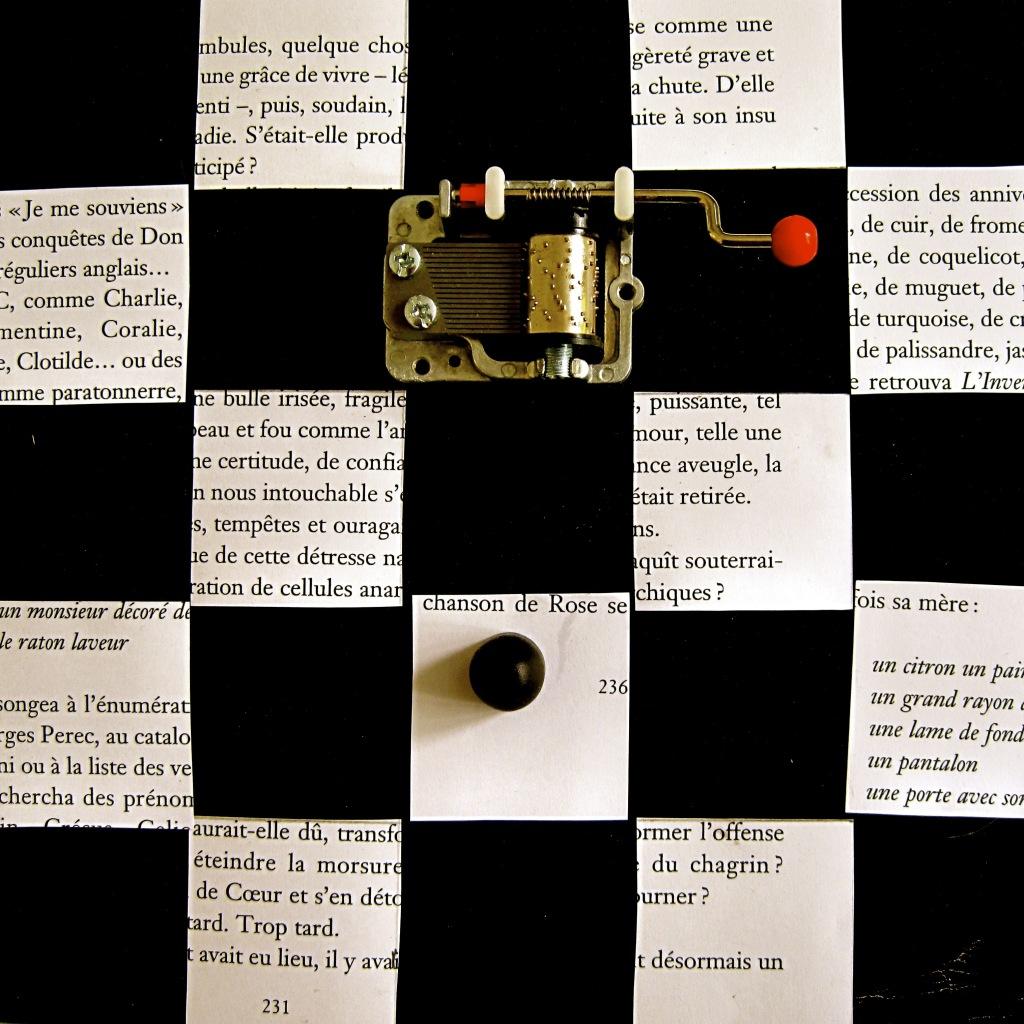 Lydia Flem, Série l'atelier de la Reine Alice, 2011 // Prix : 3 800 € (Galerie Françoise Paviot, Paris)