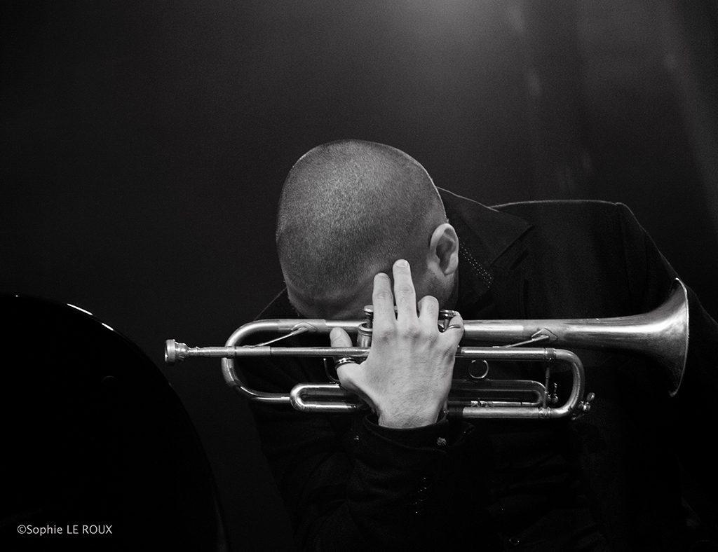 Sophie Le Roux, Ibrahim Maalouf - Exposition Le Jazz au bout des doigts, Sophie Roux à la Galerie Hegoa