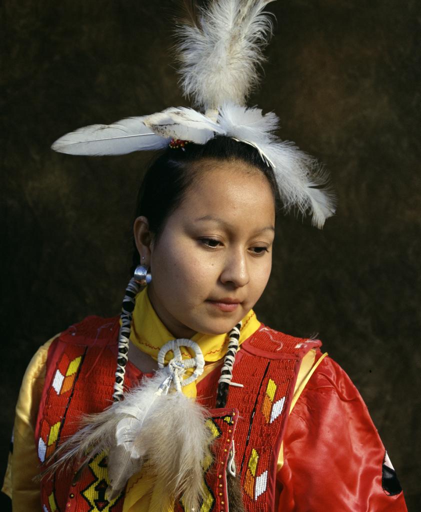 Andres Serrano, Debbie Tsosie, Navajo (Native Americans), 1996