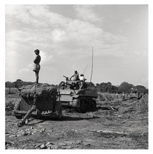 Autour de la capitale la ceinture de fer et de béton. 1952, Guerre d'Indochine, Studio Willy Rizzo