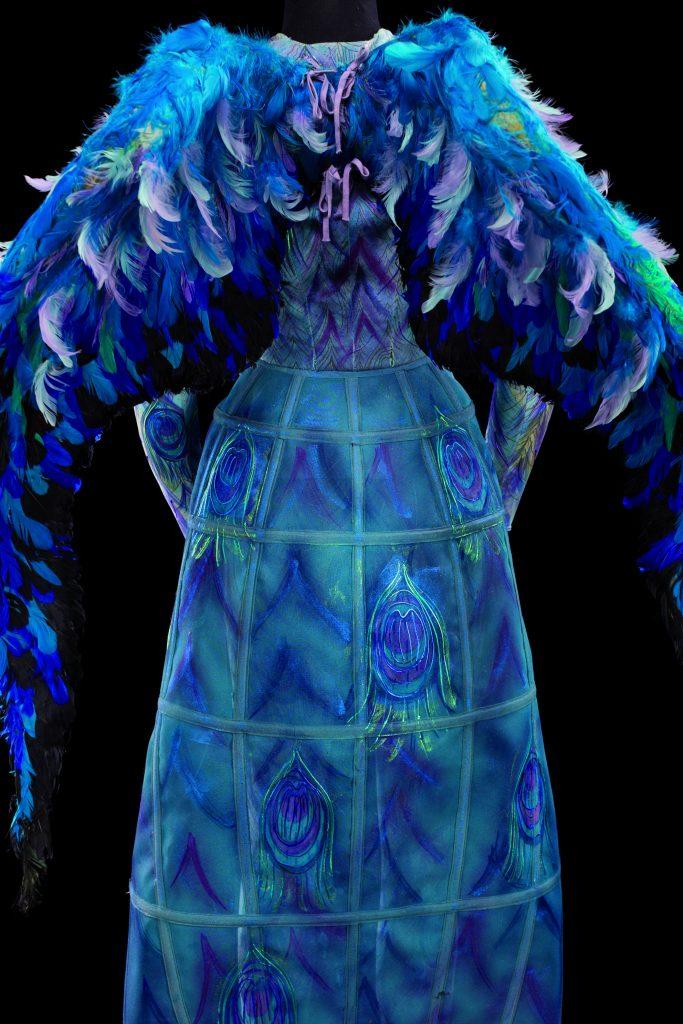 Costume de Francesco Zito pour le rôle d'un oiseau dans Ariodante, de G. F. Haendel, Opéra national de Paris, 2001