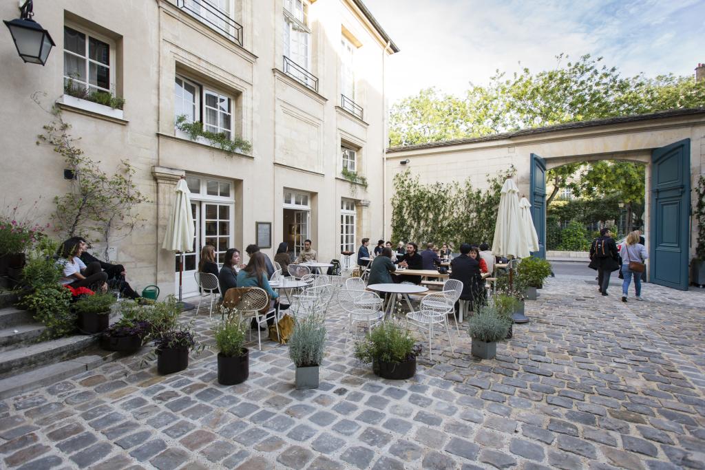 La cour de l'Institut suédois. © vinciane lebrun-verguethen/voyez-vous