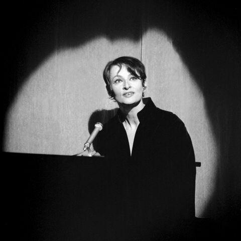 Barbara dans son faisceau de lumière, 1965
