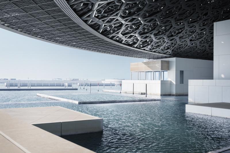 Vue du Louvre Abu Dhabi