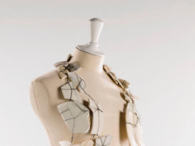 Martin Margiela, Gilet porcelaine 1989-1990