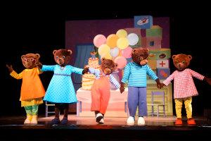 Petit Ours Brun au Théâtre du Gymnase