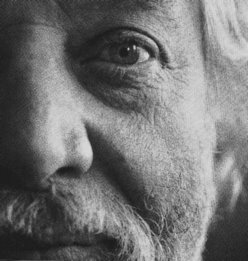 Portrait de Jean-Jacques Lebel