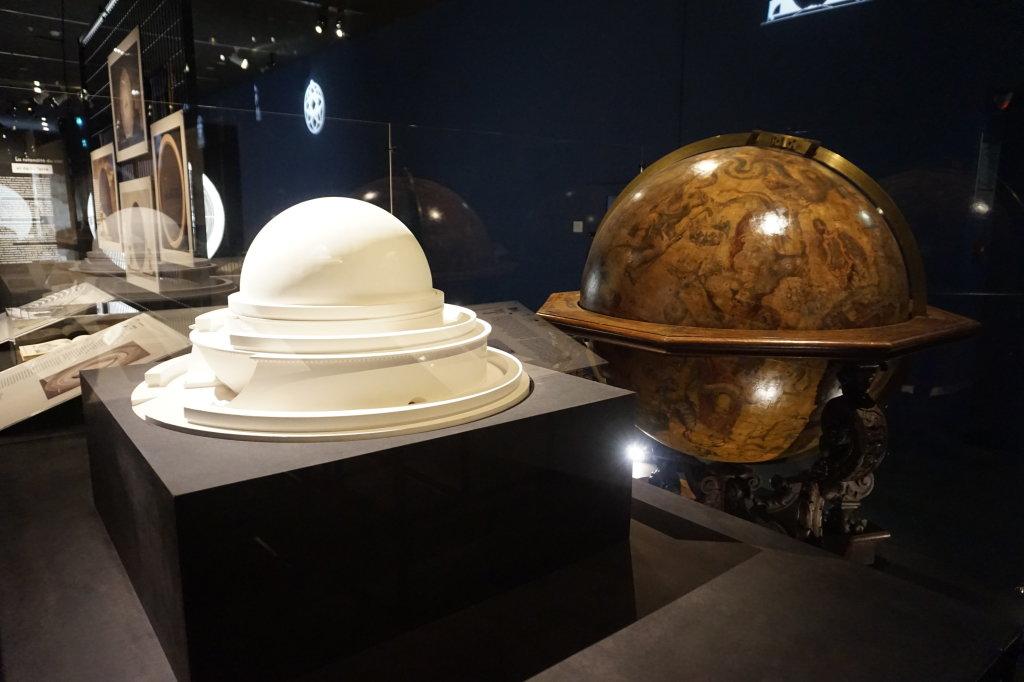 Vue de l'exposition Globes à la Cité de l'Architecture et du Patrimoine (8)