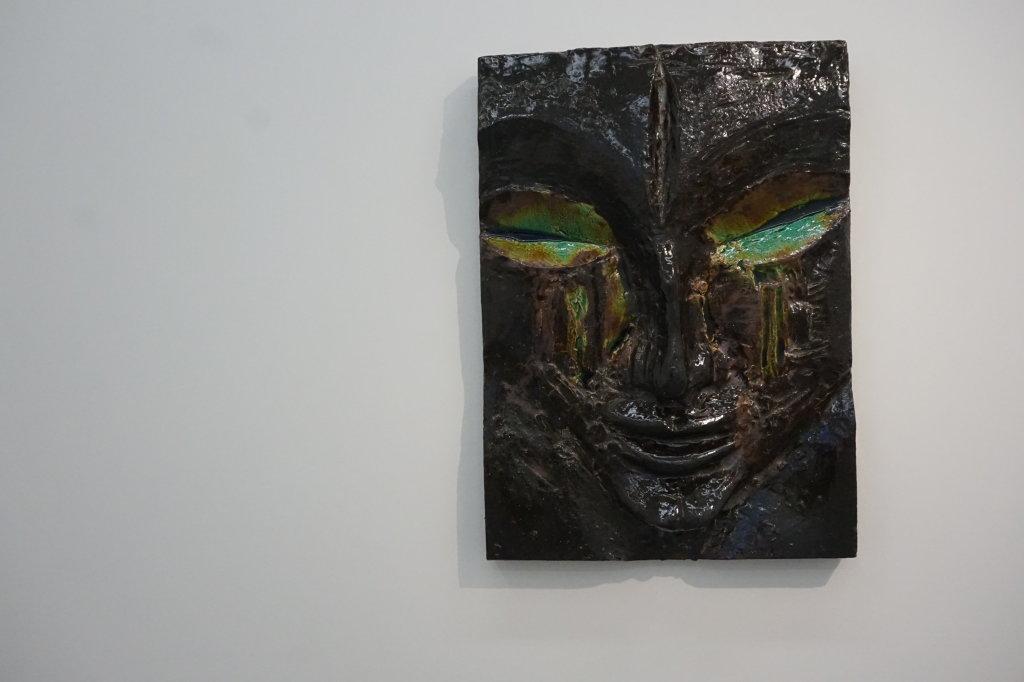 Vue de l'exposition Johan Creten à la galerie Perrotin (10)