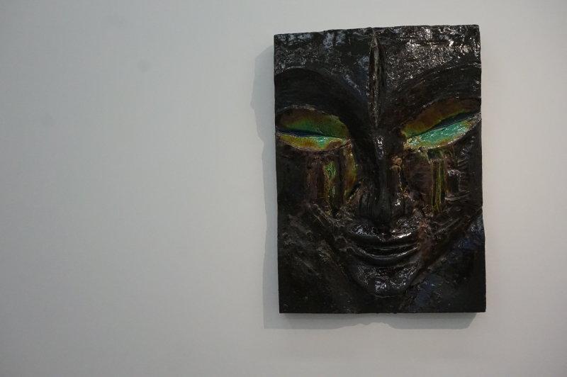 Vue de l'exposition Johan Creten à la galerie Perrotin (11)