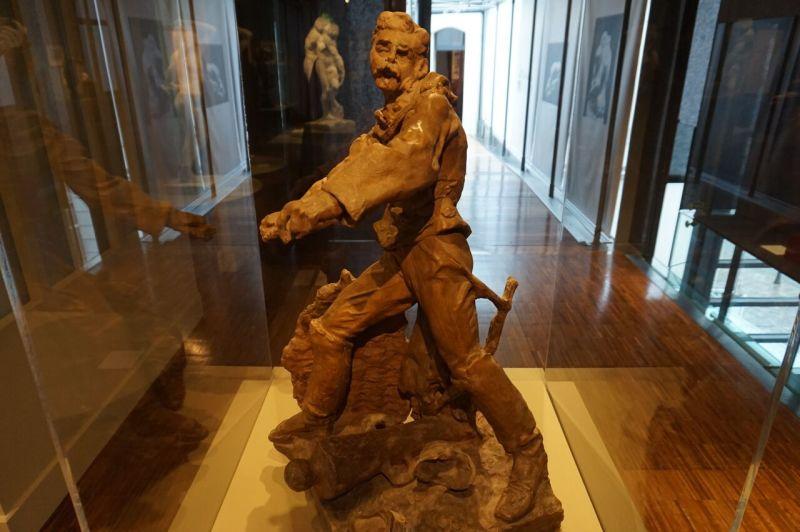 Vue de l'exposition Rodin, Musée Français de la Carte à Jouer