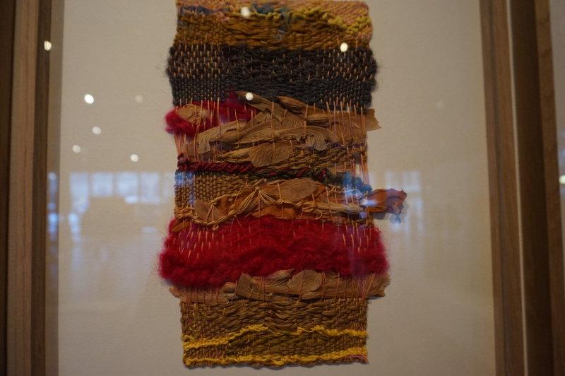 Vue de l'exposition Sheila Hicks, Lignes de vie - Centre Pompidou (59)