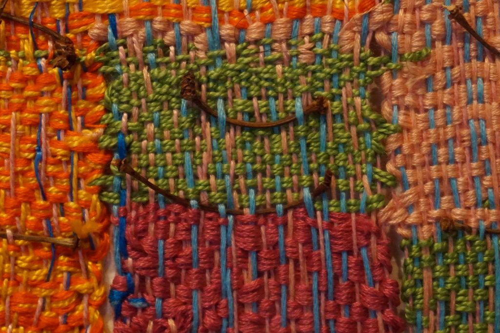 Vue de l'exposition Sheila Hicks, Lignes de vie - Centre Pompidou (62)