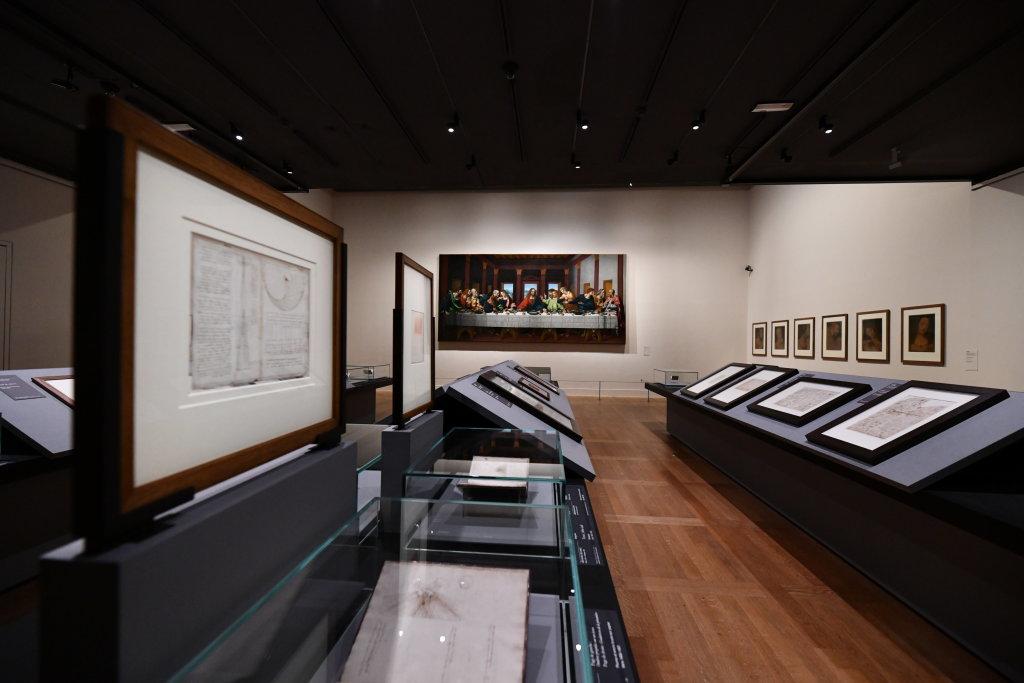 Vue exposition Léonard de Vinci - Louvre - Paris (19)
